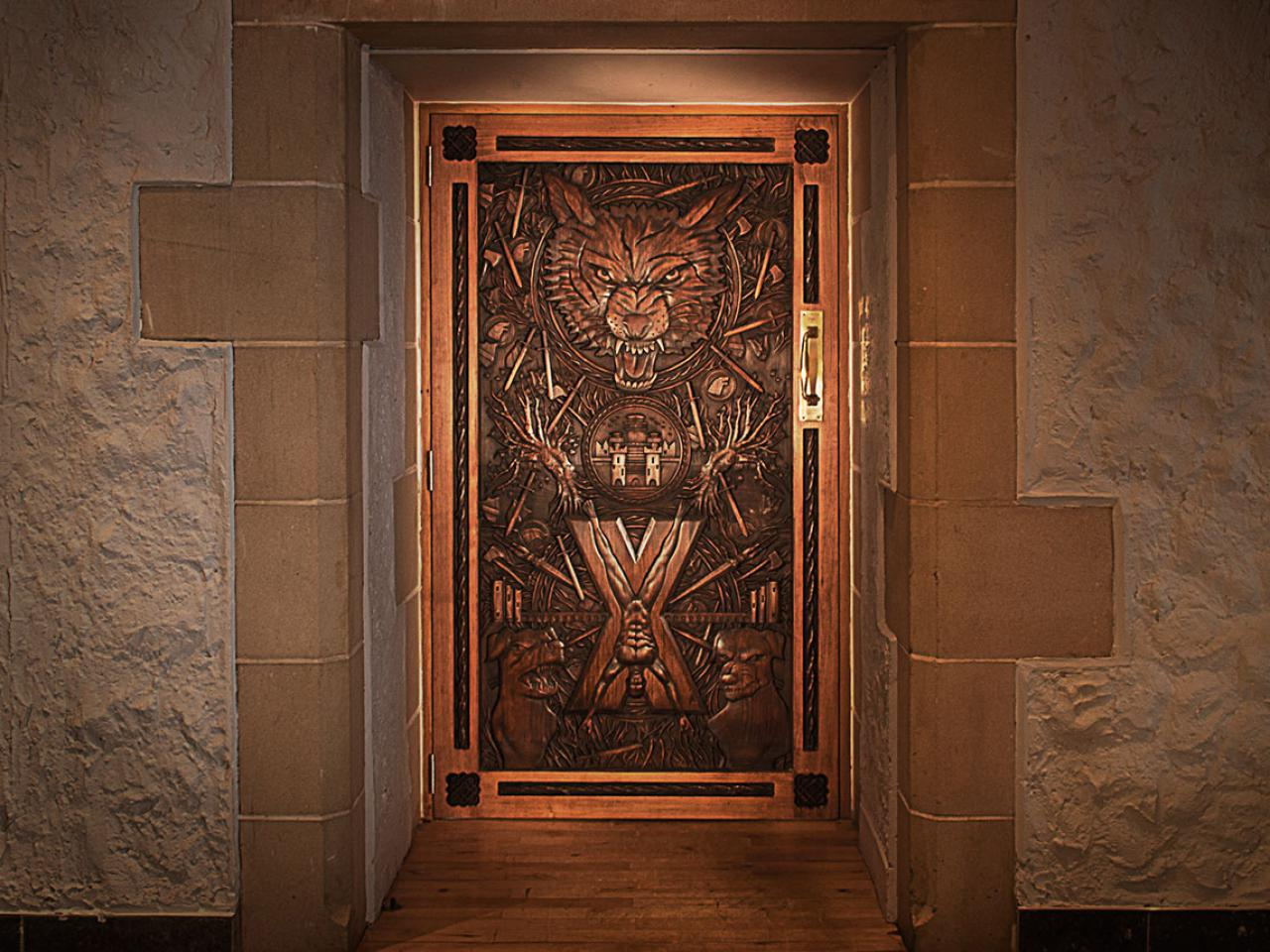 Scroll Down & Game of Thrones Door 9 | Ballygally Castle Co. Antrim | Hastings pezcame.com