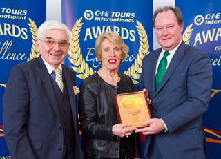 Eoin O'Sullivan, General Manager of the Culloden Estate & Spa is pictured accepting the award from P