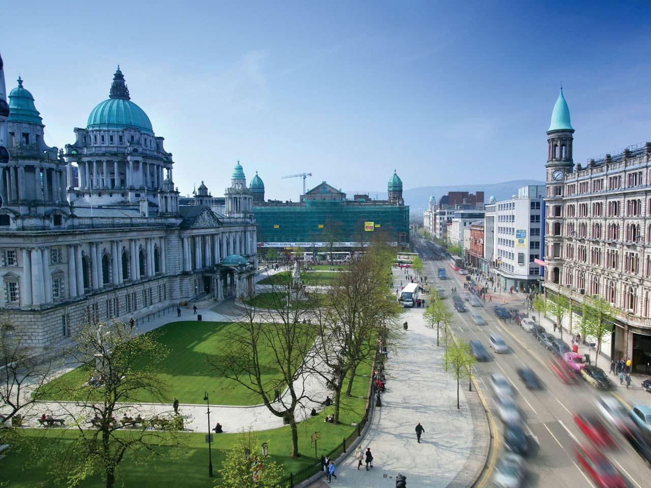 Belfast City Hall Hotels Near Belfast City Hall Europa